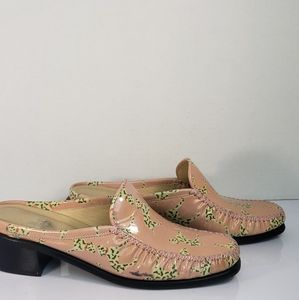 Stuart Weitzman Dalmatian Print Mules Shoes size 7